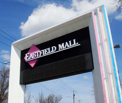 Retail paradise lost (via Caldor Rainbow Blog/Nicholas DeMaio)